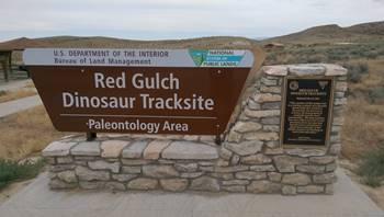Sign at the entrance to the Red Gulch Dinosaur Tracksite, near Shell, WY.