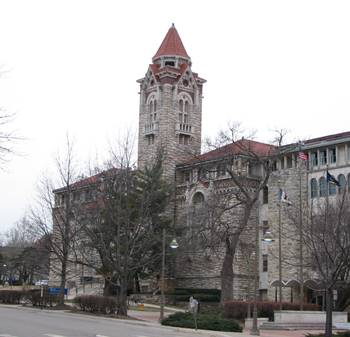 Dyche Hall, home of the KU Natural History Museum, University of Kansas, Lawrence, KS.